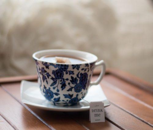 冷え性にイイ温かい飲み物レシピまとめ&たった1分で出来る足の冷えとむくみ対策ストレッチ