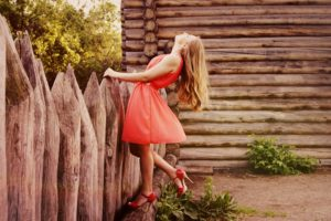 前髪が風で崩れやすい女子必見!どんなに動いても崩れない誰でも出来るやり方とは アイキャッチ画像