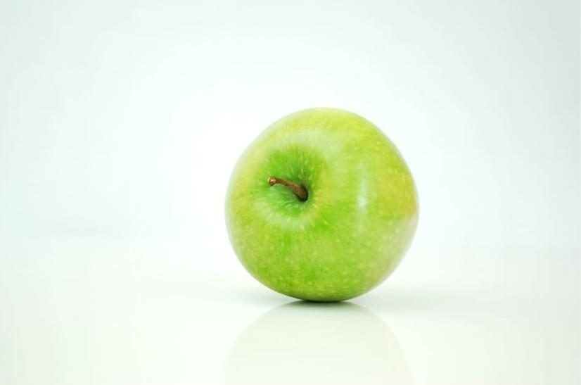 まずは3日間チャレンジ!リンゴダイエットの方法&効率を上げるポイントとは アイキャッチ画像