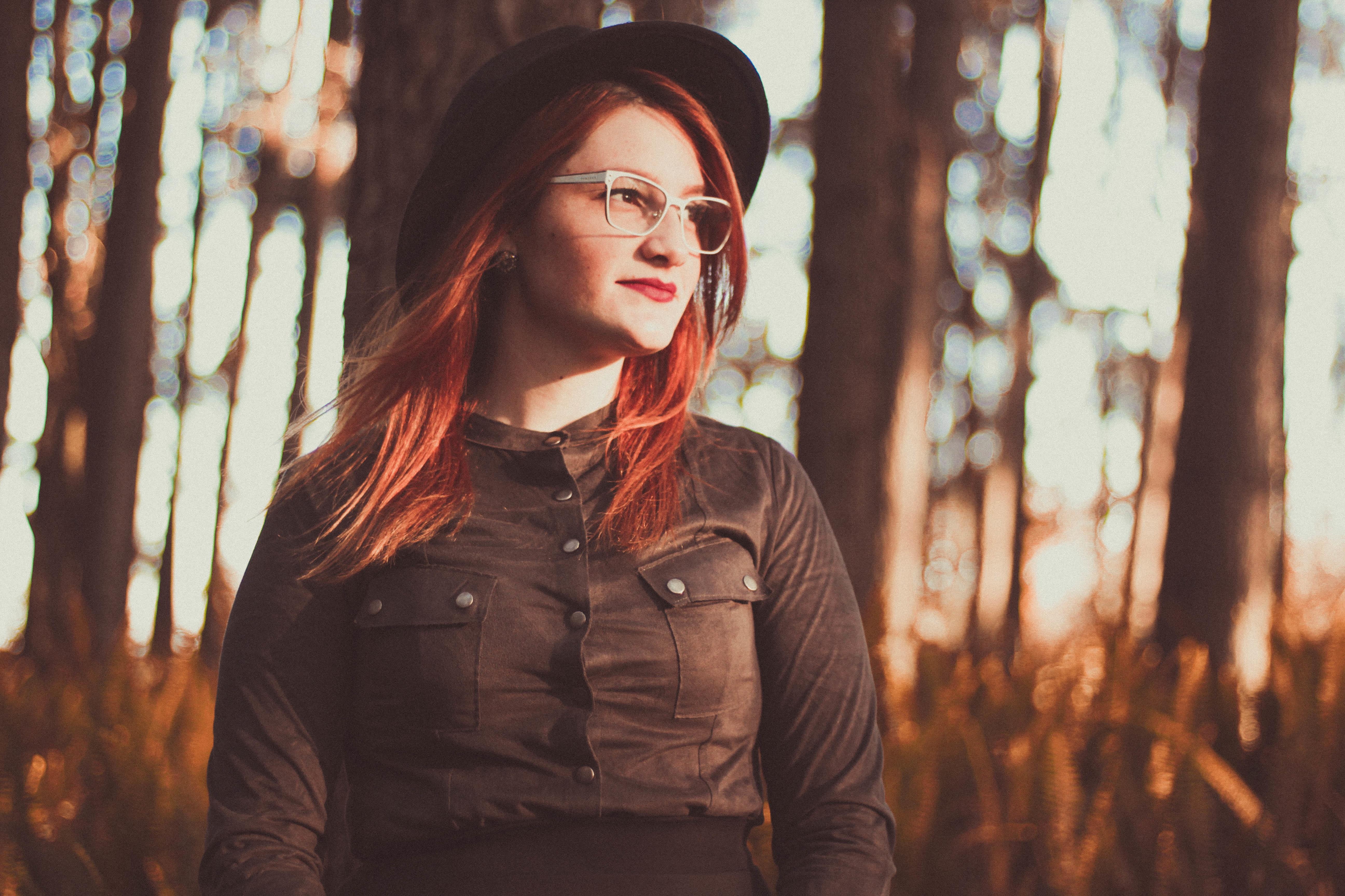 ベレー帽vsキャスケットvsニット帽。おしゃれ女子はどの帽子を被るのか徹底調査♡