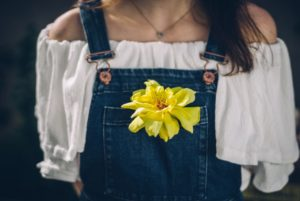 大人の女性に寄り添うおすすめファッションブランド5選 アイキャッチ画像