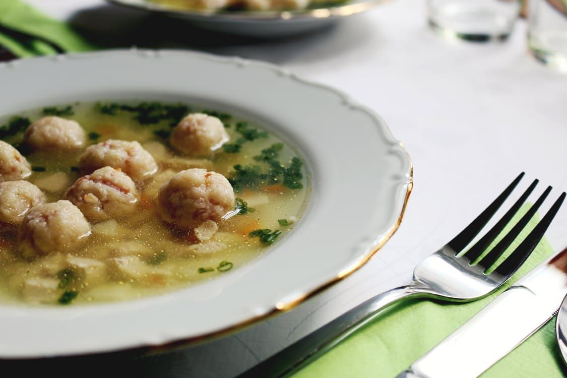 food-restaurant-lunch-cutlery