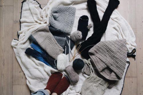ダンボールを使って簡単にできる♡初心者さんにもおすすめの編み物の方法