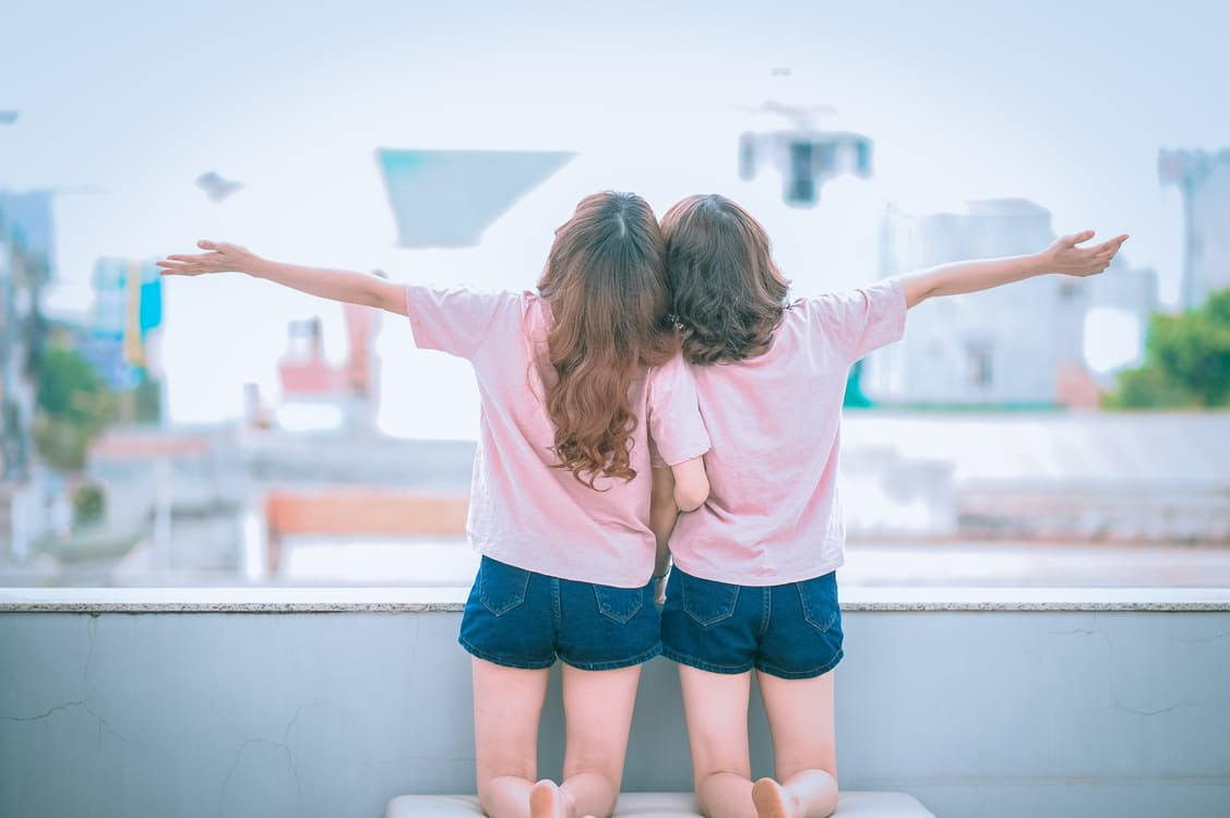 女の子同士のホワイトデーは女子会で決まり♡楽しむポイントとおすすめスポットをご紹介 アイキャッチ画像