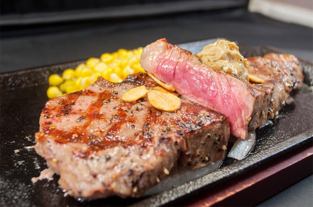 リーズナブルかつがっつりなランチ!¥1500以内で楽しめるステーキ店をご紹介 アイキャッチ画像