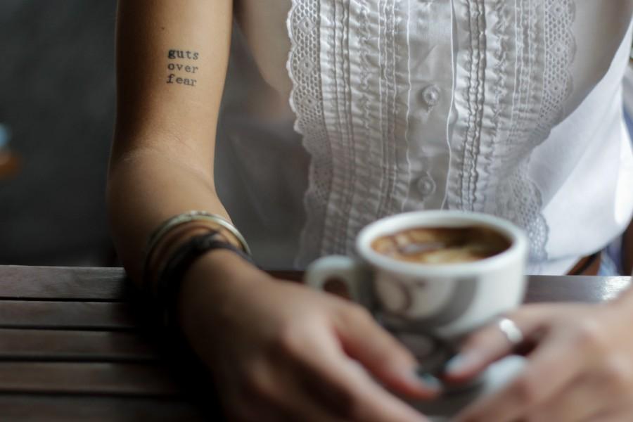 インスタントコーヒーのカフェイン量を調べてわかった意外な落とし穴とは アイキャッチ画像