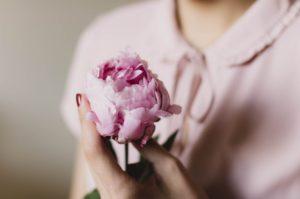 春をイメージするフレグランスでチャーミングな女性になろう♡ アイキャッチ画像