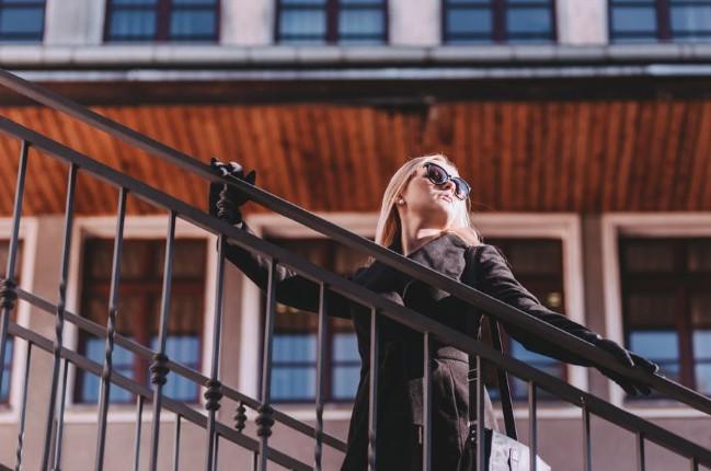 デキる女のカバンの中身を分析!センスと機能性を兼ね備えた持ち物がマスト アイキャッチ画像