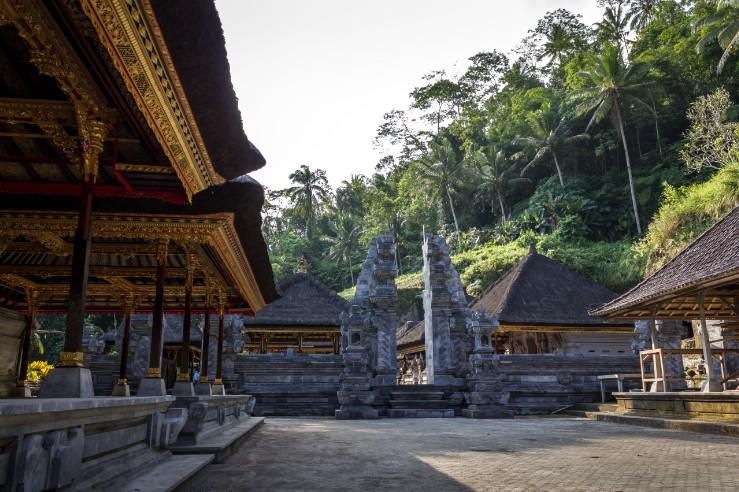 女子旅おすすめ◎バリ島、神秘の森ウブドの癒しのホテル アイキャッチ画像