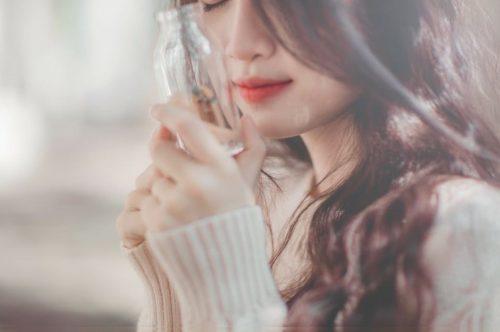 カラーやパーマで傷んだ髪におすすめ◎ヘアケアアイテムでモテる『ツヤ髪』美人になろう!