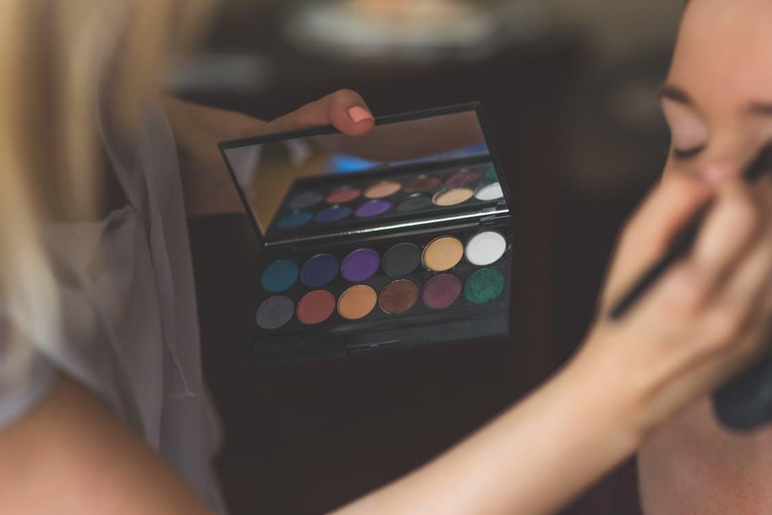 makeup-make-up-artist-make-up