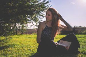 春はワンピースでこなれた着こなしを♡大人女子におすすめアイテム10選 アイキャッチ画像