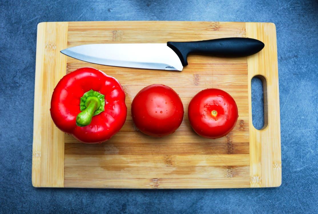 肌を見れば食生活が分かる!美肌のための食事療法 アイキャッチ画像