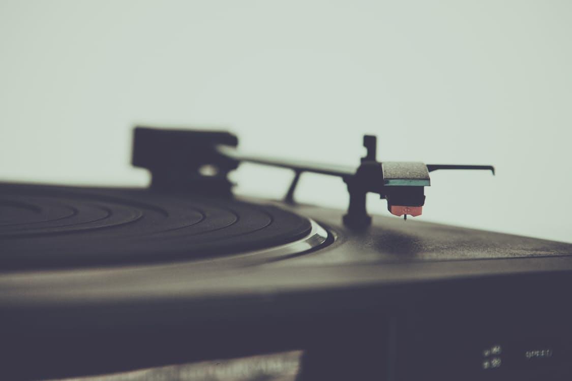 お気に入りシーンも想い出す… ヒーリング効果のあるジブリ音楽 アイキャッチ画像