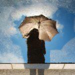 傘はおしゃれなものを選んで梅雨もファッションを楽しもう◎おすすめの傘5選