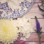 2019年春夏トレンドコーデ「刺繍トップス」でおしゃれな大人女子に アイキャッチ画像