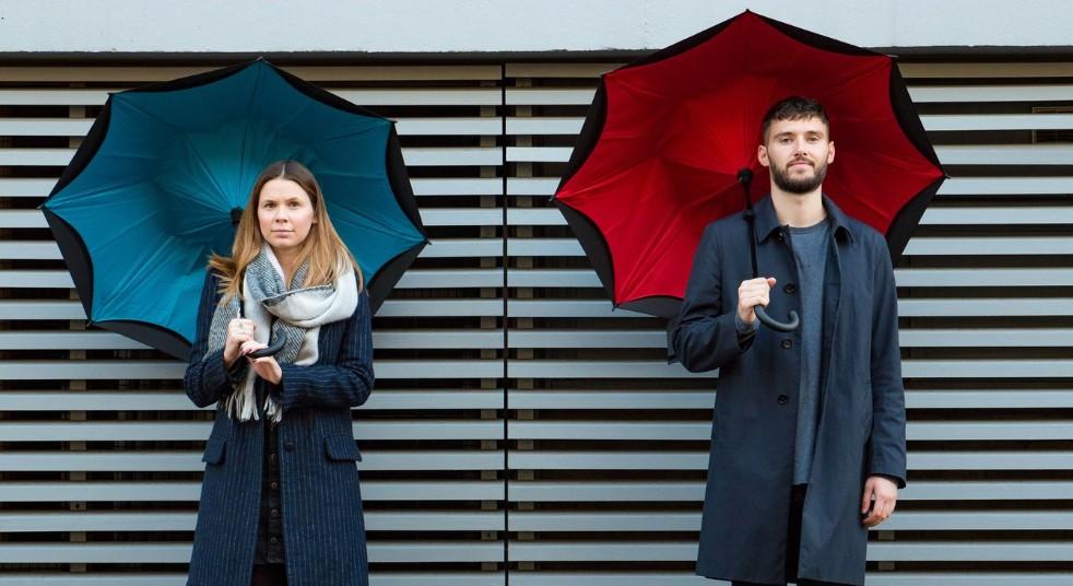 日本初上陸の英国傘ブランド「KAZbrella(カズブレラ)」が画期的で使いやすい!ZIPでも話題になったその機能性とは アイキャッチ画像