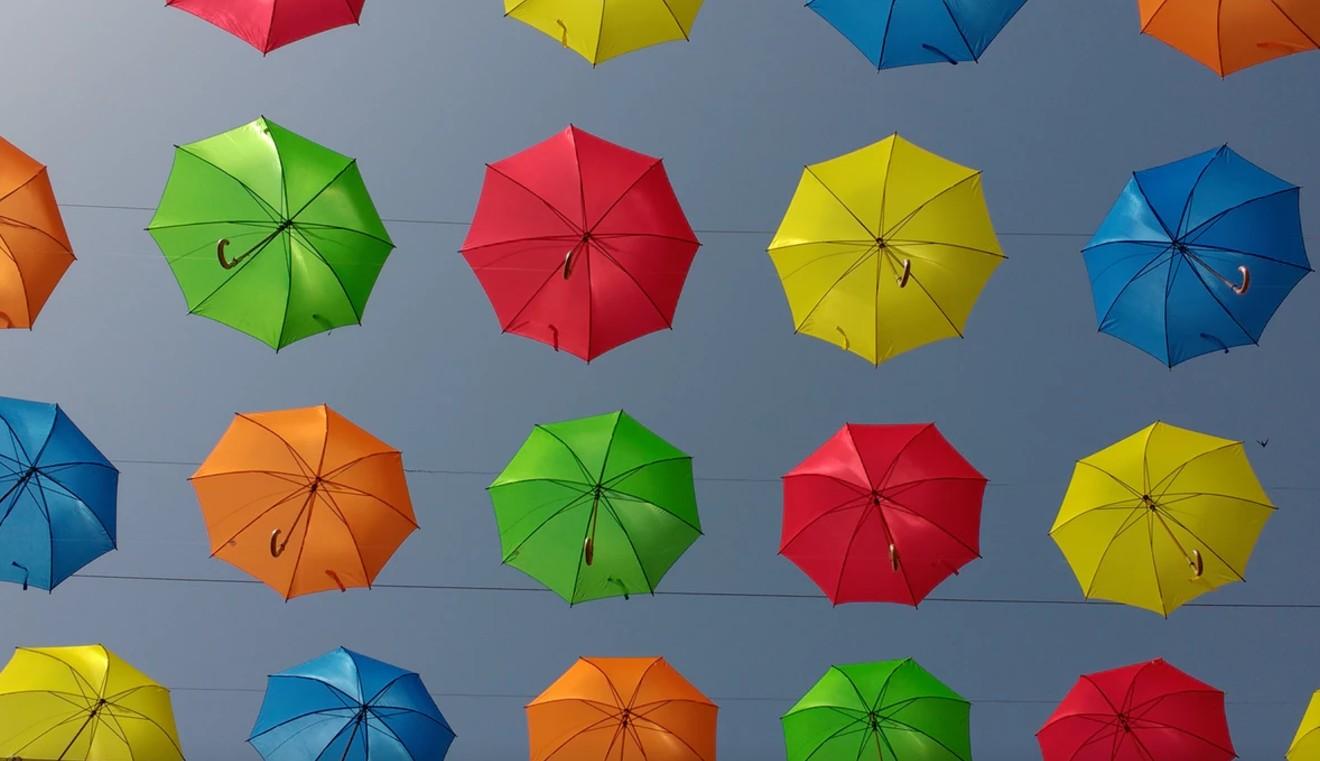 Loftで人気の可愛い折りたたみ傘「Kiu(キウ)」日傘にもなっちゃうおしゃれ傘で梅雨を楽しもう♪
