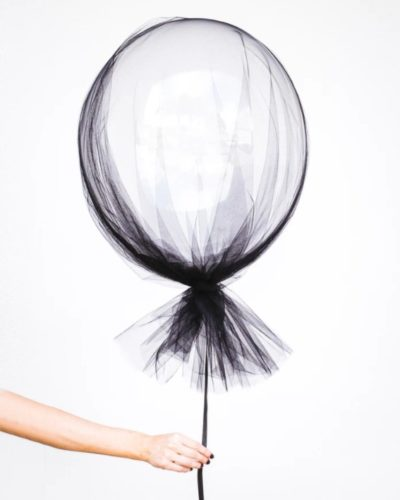 ストレス社会に生きる女性に多い「抜け毛」の予防と対策とは◎薄毛との向き合い方やサポートアイテムも紹介