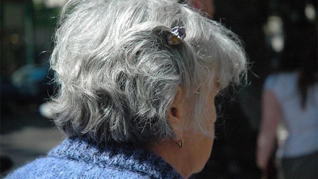 老人の髪型