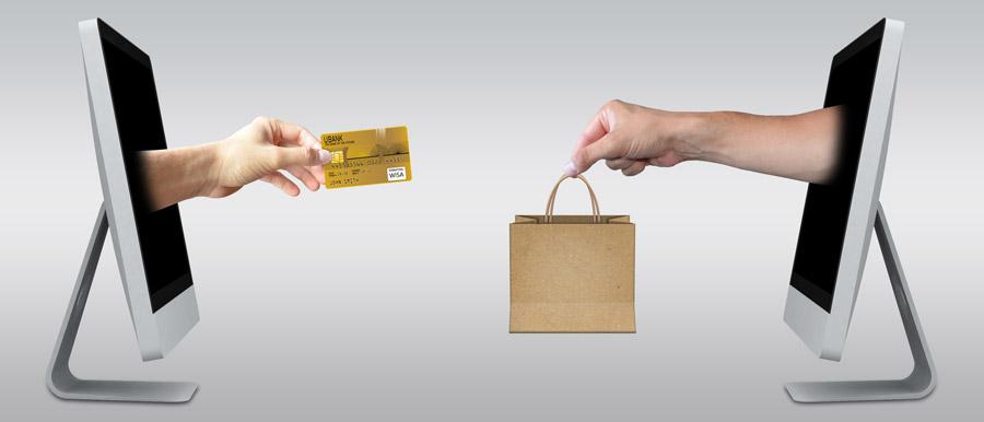 楽天カードの審査基準は業界随一?楽天カード保有者の大半が思う審査のアレコレ アイキャッチ画像