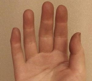 手に付着した色-使用例2