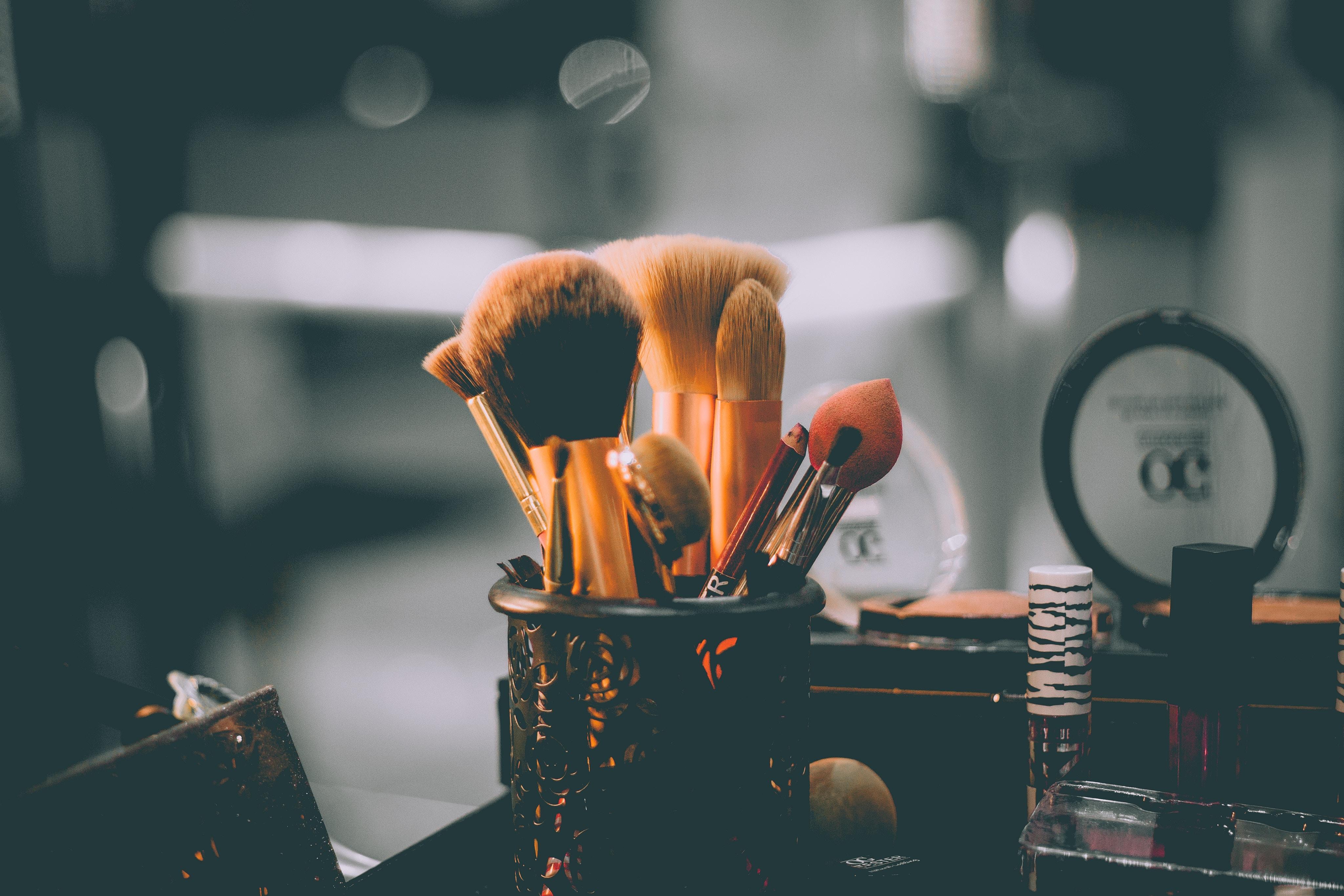 毛穴が消える歯ブラシ型メイクブラシ(オーバルブラシ)【ランキング10選】使わないともったいない優秀アイテム アイキャッチ画像