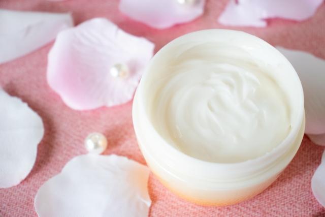 保湿クリームおすすめランキング15選!スキンケアマニア が選ぶ乾燥肌、敏感肌向け高保湿アイテム アイキャッチ画像