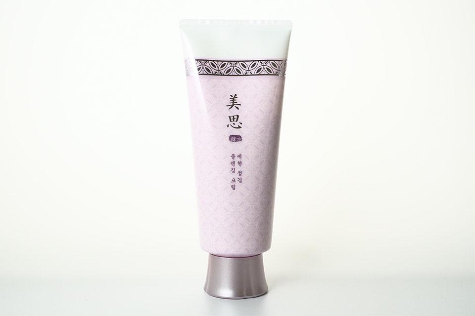 ミシャのクレンジングクリームを実際に使って検証。韓方エキス配合の『香る』メイク落とし! アイキャッチ画像