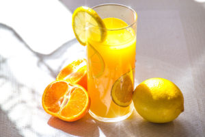 【人気】ビタミンC誘導体化粧水ランキング|美白・ニキビ跡・毛穴に効果的なおすすめ11選 アイキャッチ画像